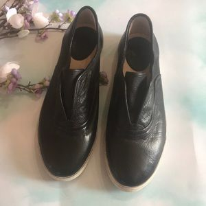Black Leather Frye sip one size 9.5
